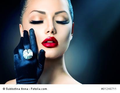 Ein Diamant am Finger, kann etwas schönes sein.